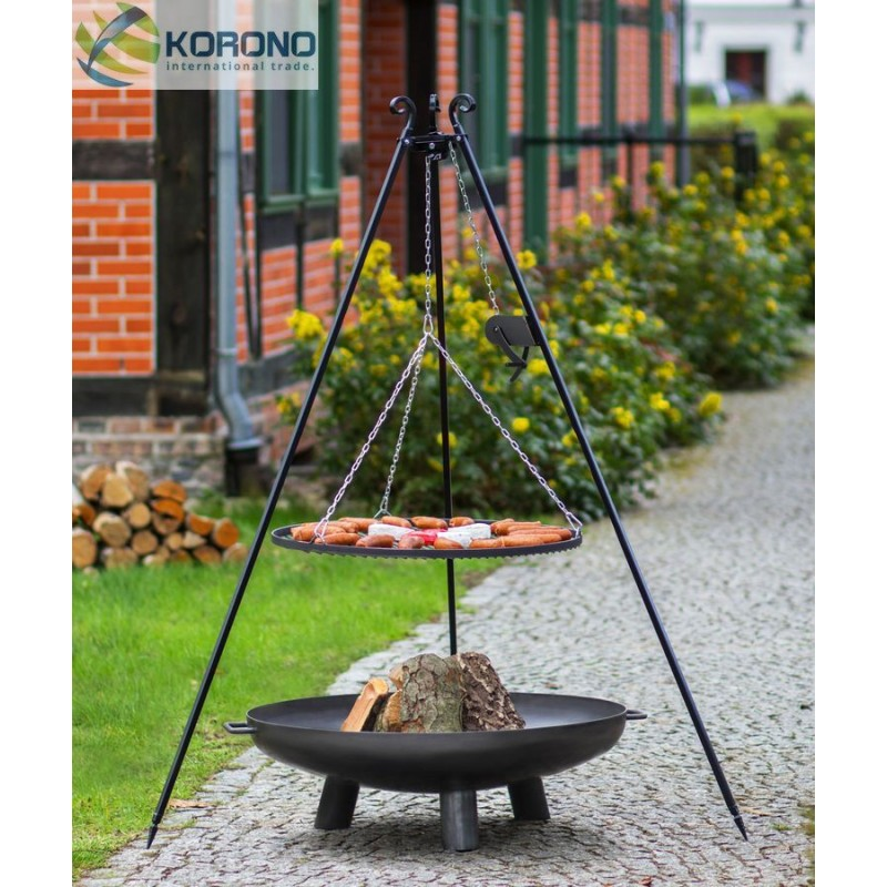 Black steel grate on 180 cm tripod with reel + firebowl with hole 301