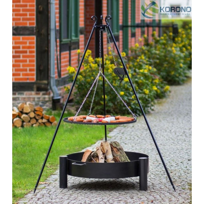 Black steel grate on 180 cm tripod with reel + firebowl with hole 320