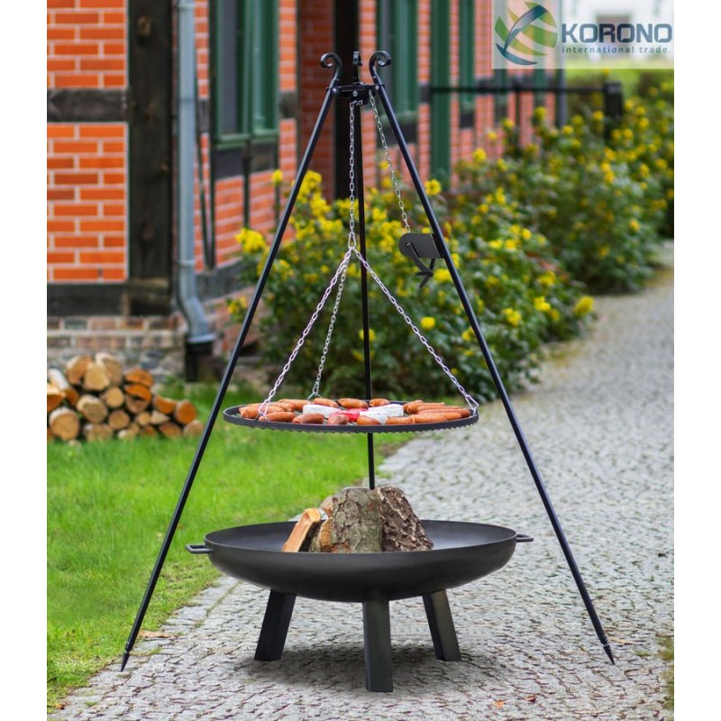 Black steel grate on 180 cm tripod with reel + firebowl with hole 310