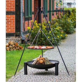Black steel grate on 180 cm tripod with reel + firebowl with hole 315